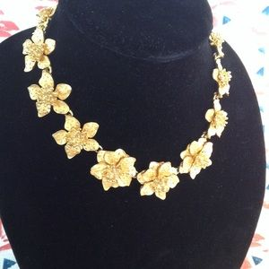 Jewelry - KJL Blooming Floral Link Choker Necklace